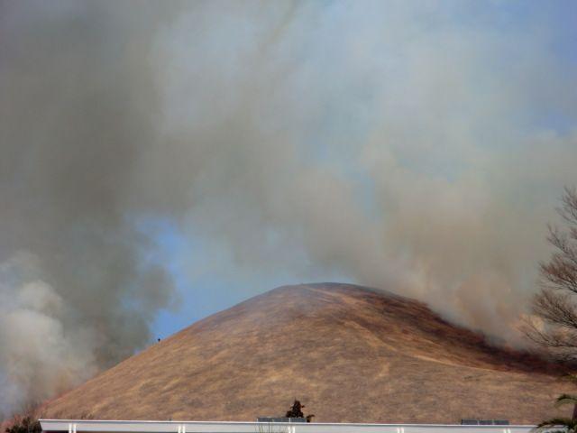 昨日、大室山の山焼きでした