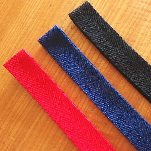 エピペンポーチの副資材セット「綾テープ」の新色